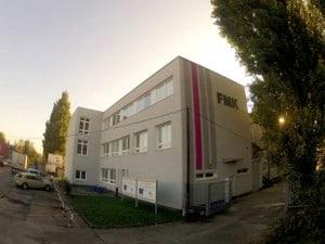 Budova FMK na Skladovej ul.